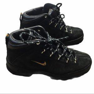 NIKE ACG Vintage Black Suede Hiking Boots 980810
